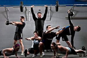 Сrossfit-упражнения регулярно повторяются и замыкаются в одну цепь