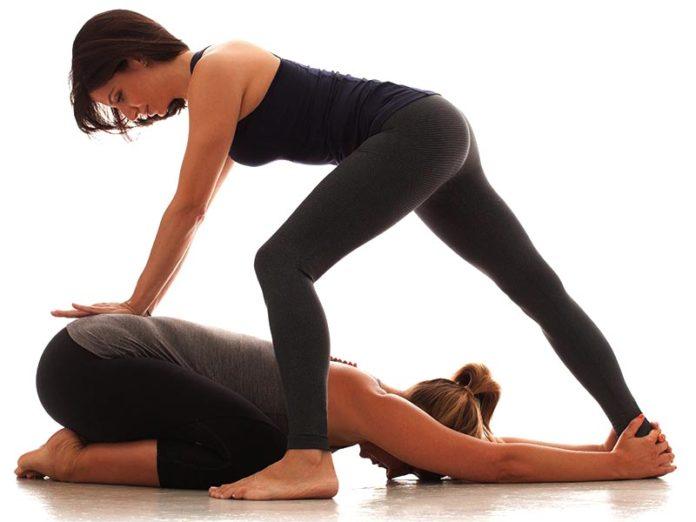 Йогатерапия для лечения спины и позвоночника